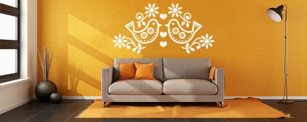 <p>Naklejki ścienne nadadzą niepowtarzalny charakter Twoim pomieszczeniom. Naklej na ścianie swój ulubiony motyw lub pozwól nam go dla siebie zaprojektować.</p>